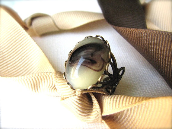 Vintage Chocolate Swirl Cabochon & Brass Adjustable Ring - Latte
